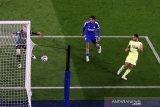 Newcastle selamat dari ancaman degradasi setelah bungkam Leicester 4-2