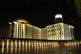 Menikmati keindahan wajah baru Masjid Istiqlal