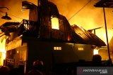 Kebakaran di Makassar hanguskan 28 rumah