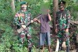 Warga serahkan 10  senpi kepada Satgas Pamtas RI-Timor Leste