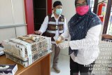 Karantina Pertanian gagalkan penyelundupan 16 burung  cucak ijo