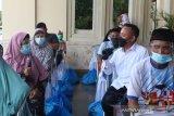 PTPN V salurkan 2.000 paket sembako