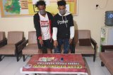 Diduga simpan sabu, dua pemuda Lamusung KSB diciduk polisi