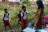 Pelaksanaan ujian sekolah jenjang SD di Gumas berjalan lancar