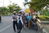 Tim gabungan mengawasi tiga pintu masuk Kota Mataram