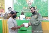 Baznas Pangkep salurkan zakat kepada 108 mustahik