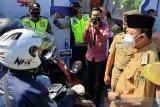 Puluhan pemudik bersepeda motor terjaring di pos penyekatan Ajibarang