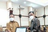 PLN UIW Sulselrabar terima penghargaan kemanusiaan dari Plt Gubernur Sulsel