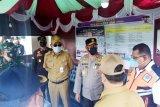 Sekda Kalteng cek aktivitas pelabuhan dan bandara di Sampit