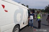 Polisi jaga ketat pos penyekatan mudik pertabatasan Sumsel - Jambi