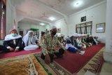 Jemaah Tarekat Naqsabandiyah berlebaran hari ini