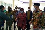 Mensos Tri Rismaharini kunjungi korban longsor Solok Selatan, ini pesannya