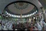Masjid di Bukittinggi tetap melaksanakan Shalat Idul Fitri 1442 H dengan prokes