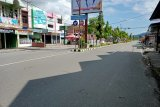 Hari pertama Lebaran, situasi jalanan Kota Lubuk Sikaping Pasaman sepi