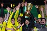 Dortmund tim kelima kumpulkan lima trofi Piala DFB Pokal