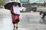 Lampung dan sebagian kota besar di Indonesia diguyur hujan ringan hingga sedang