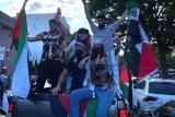 Model Bella Hadid ikuti aksi dukung Palestina di New York