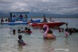 Isi libur lebaran dengan wisata pantai di Tanjung Karang