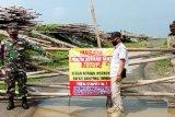 Pastikan tidak beroperasi, Babinsa dan Bhabinkamtibmas pantau Pantai Kerang Mas