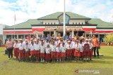 Pelajar pinggiran Jayawijaya baru bisa baca setelah kelas IV SD