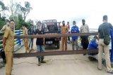 Pemkab Barut kembali portal Jembatan Muara Teweh - Jingah