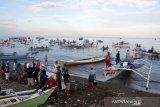 Nelayan kembali melaut setelah libur Idul Fitri