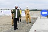 Kemarin, Presiden Jokowi tinjau pembangunan tol hingga IHSG merosot