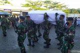 Jenazah anggota TNI meninggal di Papua tiba di Ambon