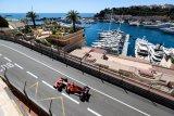 Leclerc heran Ferrari gesit di Monako