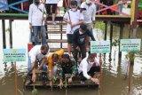 Wali Kota Makassar mengapresiasi aksi Permabudhi tanam bibit mangrove