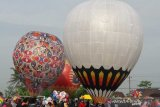Puluhan balon udara semarakkan acara Syawalan di Wonosobo
