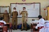 Sekolah di Pesisir Barat wajib terapkan prokes