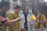 Pemilik hajatan undang Dewi Persik jalani tes antigen
