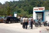 Agam masuk zona merah COVID-19, tim gabungan berpatroli pastikan objek wisata di Danau Maninjau ditutup