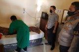 Polresta Mataram olah TKP kasus meninggalnya wanita asal Dompu di kamar hotel