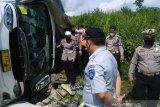 Nama-nama korban meninggal kecelakaan bus Sambodo jurusan Padang-Jakarta di Bayunglincer