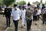 Ketua DPD RI minta polisi ungkap motif pembakaran kantor desa Padangloang