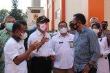 Menko PMK cek penanganan pasien COVID-19 varian India di Cilacap
