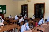 Kegiatan pembelajaran tatap muka akan dilaksanakan secara bertahap di Surakarta