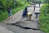 Perbaikan jalan longsor di Kabupaten OKU rampung