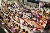 Pekerja pusat perbelanjaan di Batam divaksin COVID-19