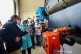 Pabrik pengolah sampah plastik jadi solar di NTB mulai beroperasi