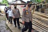 Polda Sumsel bantu kebutuhan pokok ratusan korban banjir di Musirawas