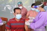 160 lansia di Manggarai Timur ikut vaksinasi COVID-19