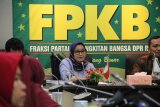 PKB minta tunda rencana tarif ATM link bank pelat merah