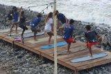 Tim selancar Indonesia di El Salvador berjuang rebut tiket Olimpiade