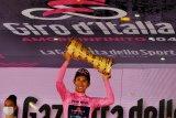 Egan Bernal juarai balap sepeda Giro d'Italia