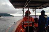 Jasad satu penumpang sampan yang tenggelam ditemukan