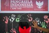 Aksi seni rupa menyambut hari lahir Pancasila