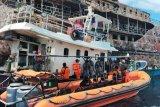 Satu orang korban hilang kapal terbakar di Kepulauan Sula belum ditemukan